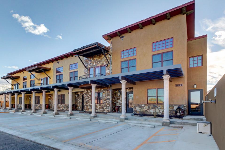 La Dolce Vita Villas - Luna Azul - Moab Vacation Rental - Photo 34