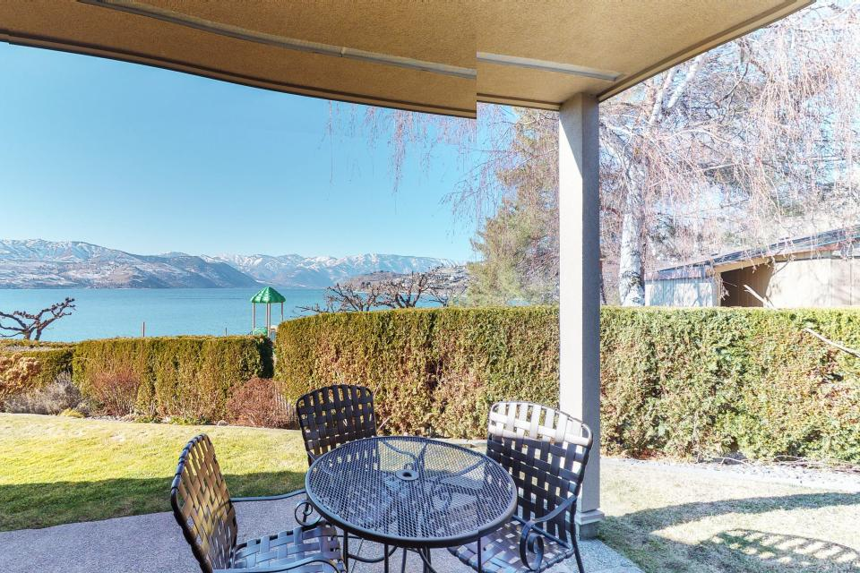 Lake Chelan Shores Hilltop Hideaway - Chelan Vacation Rental
