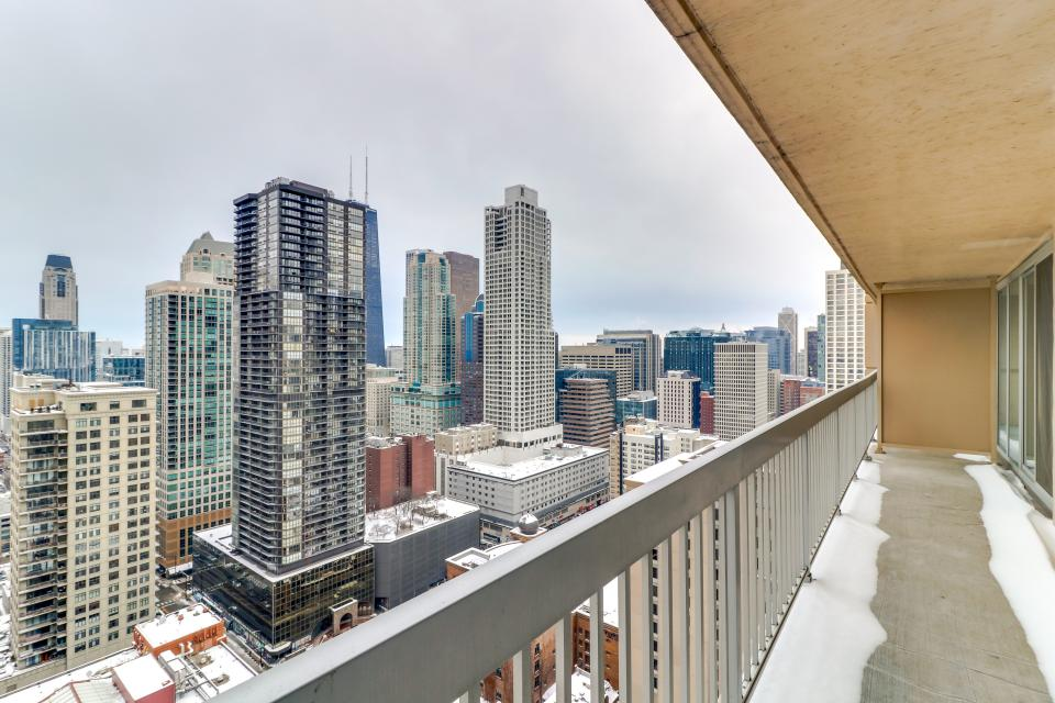 Second City Suite - Chicago Vacation Rental - Photo 2