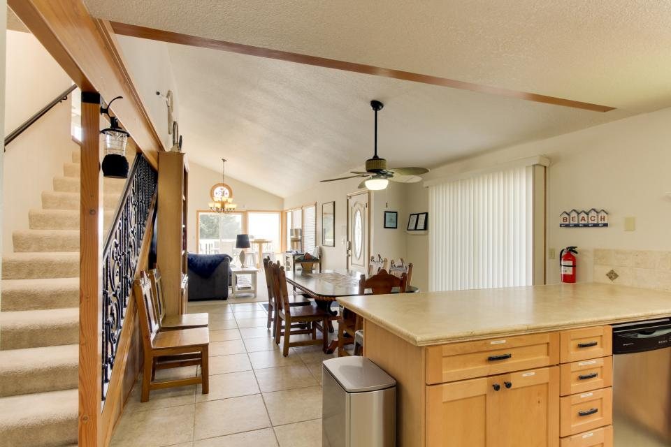 Playa Cannon - Cannon Beach Vacation Rental - Photo 11