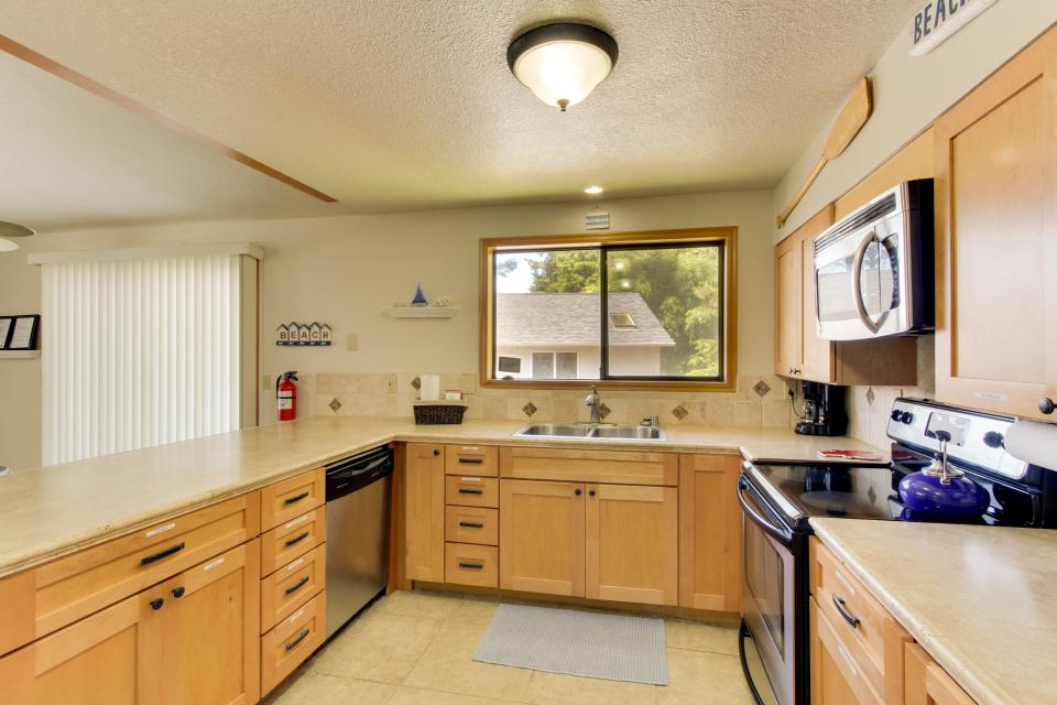 Playa Cannon - Cannon Beach Vacation Rental - Photo 15