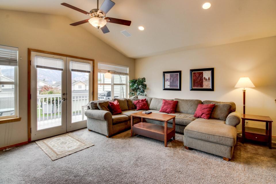 Wapato Ridge: Lake Breeze Abode (226) - Manson Vacation Rental