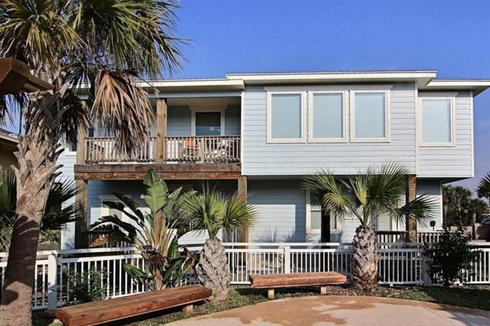 Deja Blue - Port Aransas Vacation Rental - Photo 2