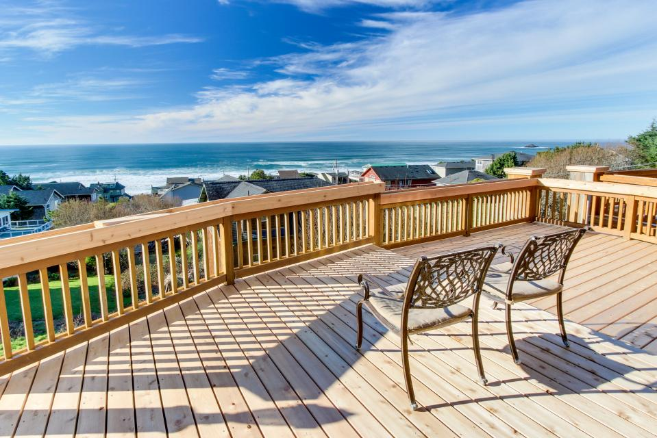 Neptune's Lookout - Lincoln City Vacation Rental - Photo 4