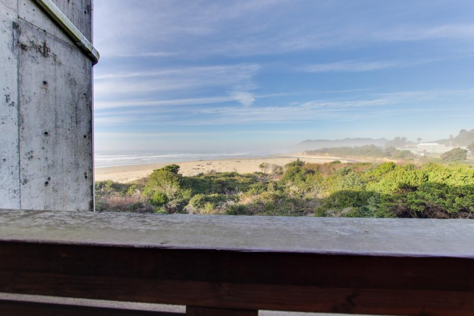 The Bridgehampton #207 - Rockaway Beach Vacation Rental - Photo 30