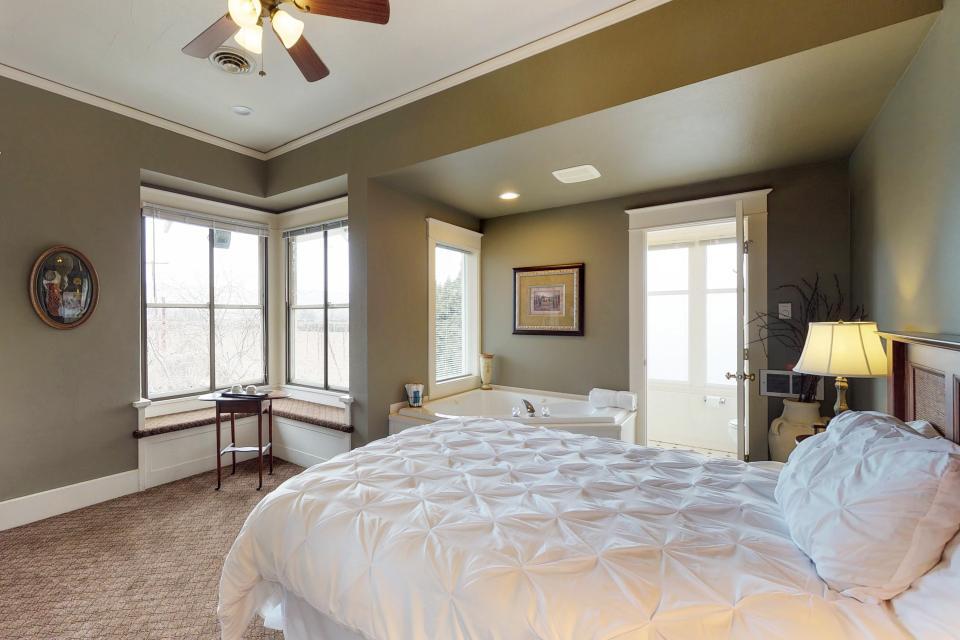 Anne Suite - Yakima Vacation Rental - Photo 6