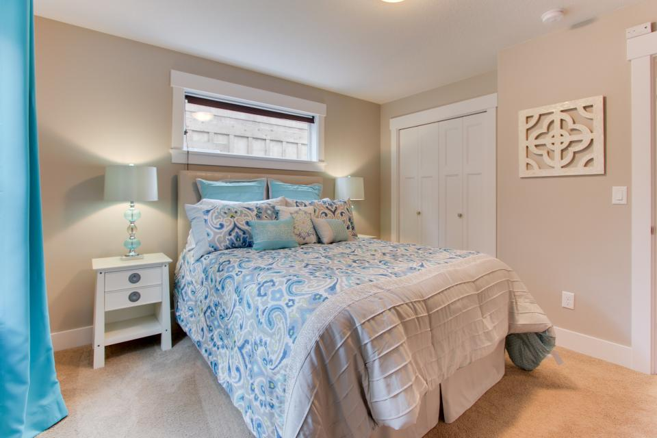 Happy-Ours Beach House - Cannon Beach Vacation Rental - Photo 20