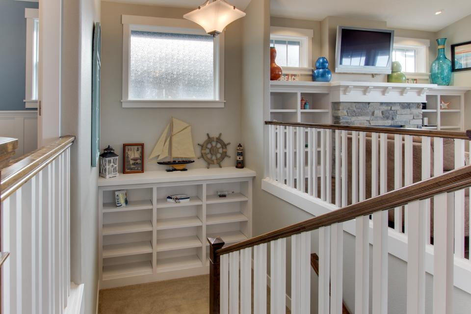Happy-Ours Beach House - Cannon Beach Vacation Rental - Photo 16