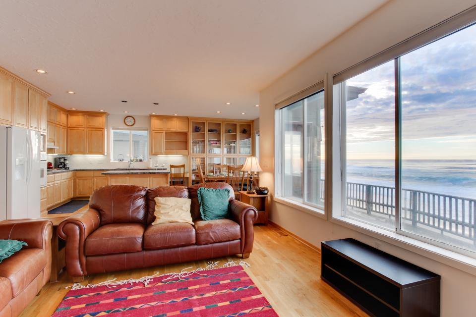 Ocean's Song - Gleneden Beach Vacation Rental - Photo 3