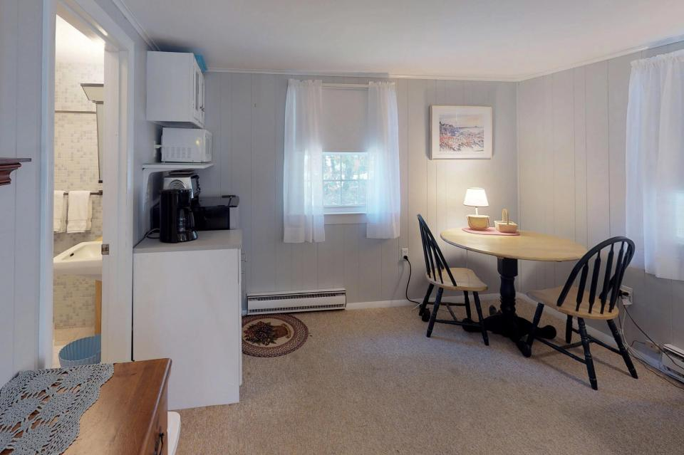 Beach Rose Guest Studio - Orleans Vacation Rental - Photo 9