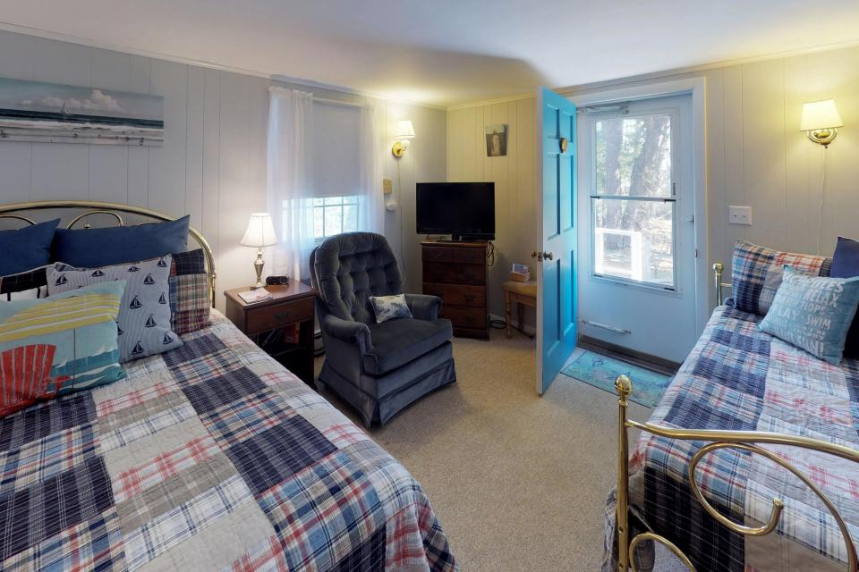 Beach Rose Guest Studio - Orleans Vacation Rental - Photo 13