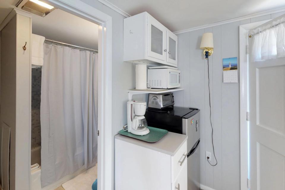 SeaWind Guest Studio - Orleans Vacation Rental - Photo 8