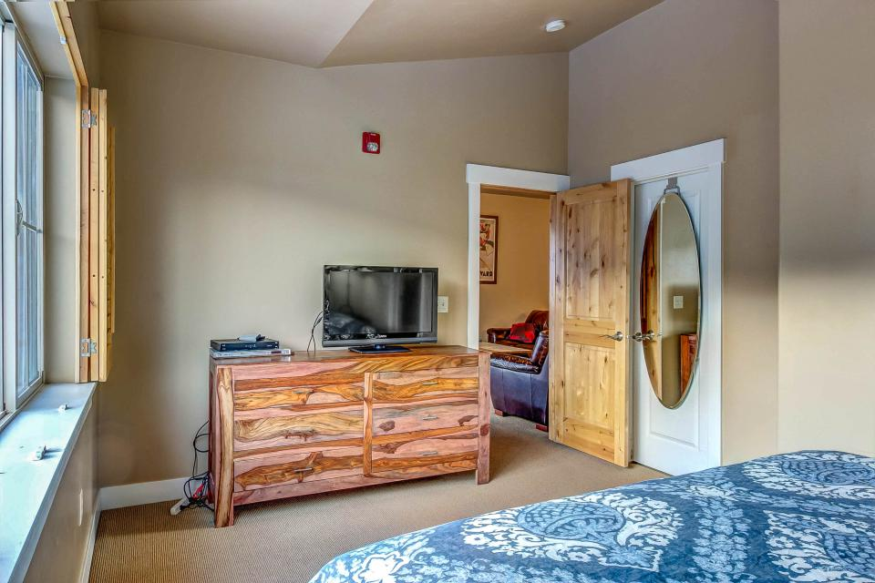 Cozy Bear Hollow Condo - Park City Vacation Rental - Photo 20