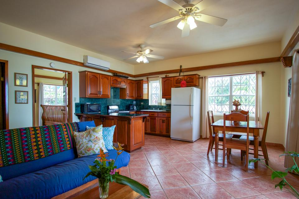 Mirasol Condo North - Placencia - Take a Virtual Tour