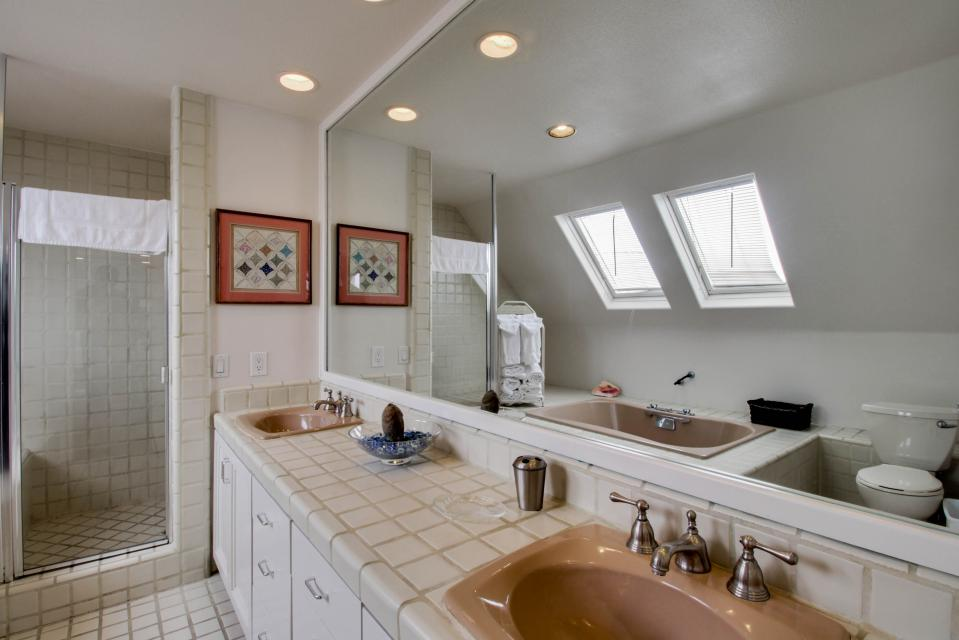 South Mission Oceanfront - San Diego Vacation Rental - Photo 14