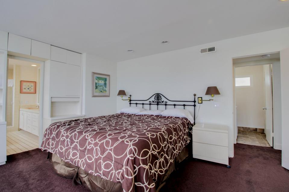 South Mission Oceanfront - San Diego Vacation Rental - Photo 11