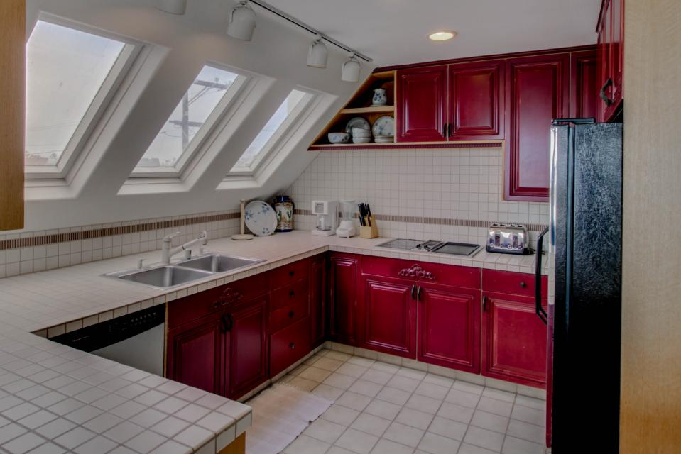 South Mission Oceanfront - San Diego Vacation Rental - Photo 8