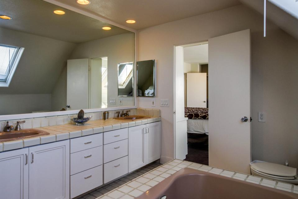 South Mission Oceanfront - San Diego Vacation Rental - Photo 15