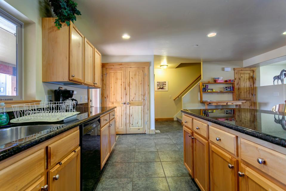 Large Luge Lane Home - Park City Vacation Rental - Photo 15