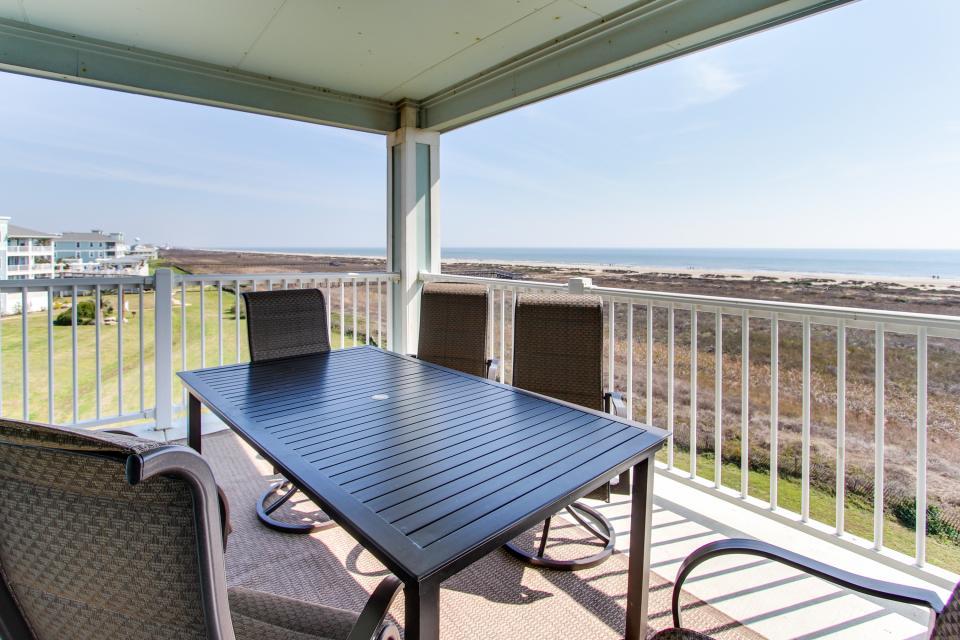 Ocean Retreat - Galveston Vacation Rental - Photo 9