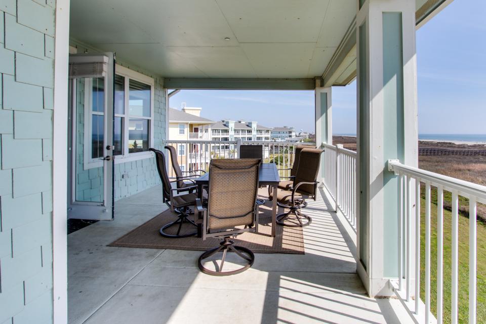 Ocean Retreat - Galveston Vacation Rental - Photo 29