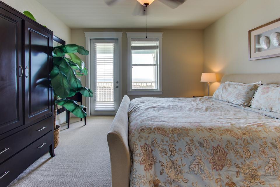 Ocean Retreat - Galveston Vacation Rental - Photo 14