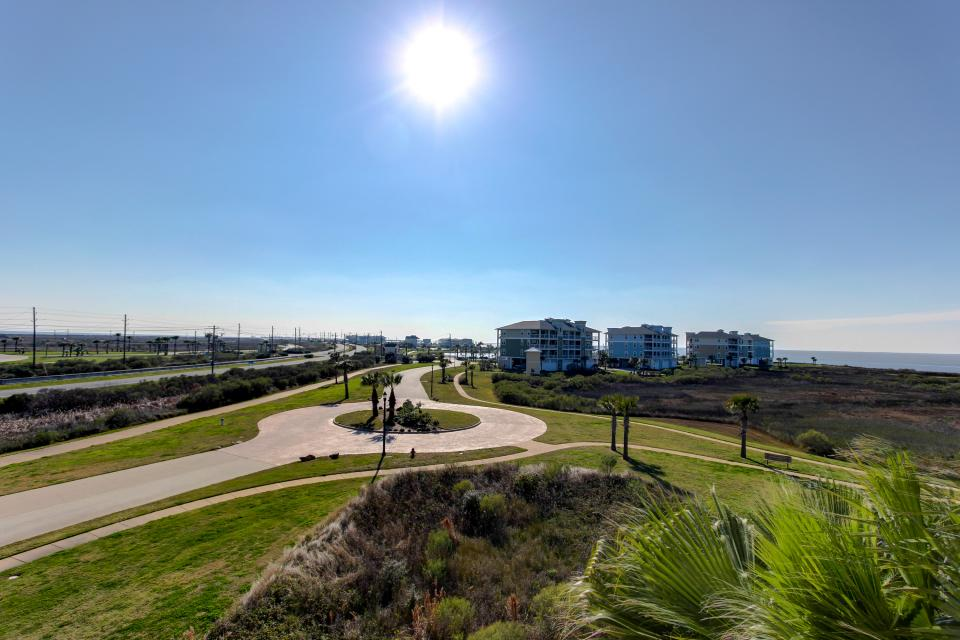 A Puerto Princessa - Galveston Vacation Rental - Photo 33
