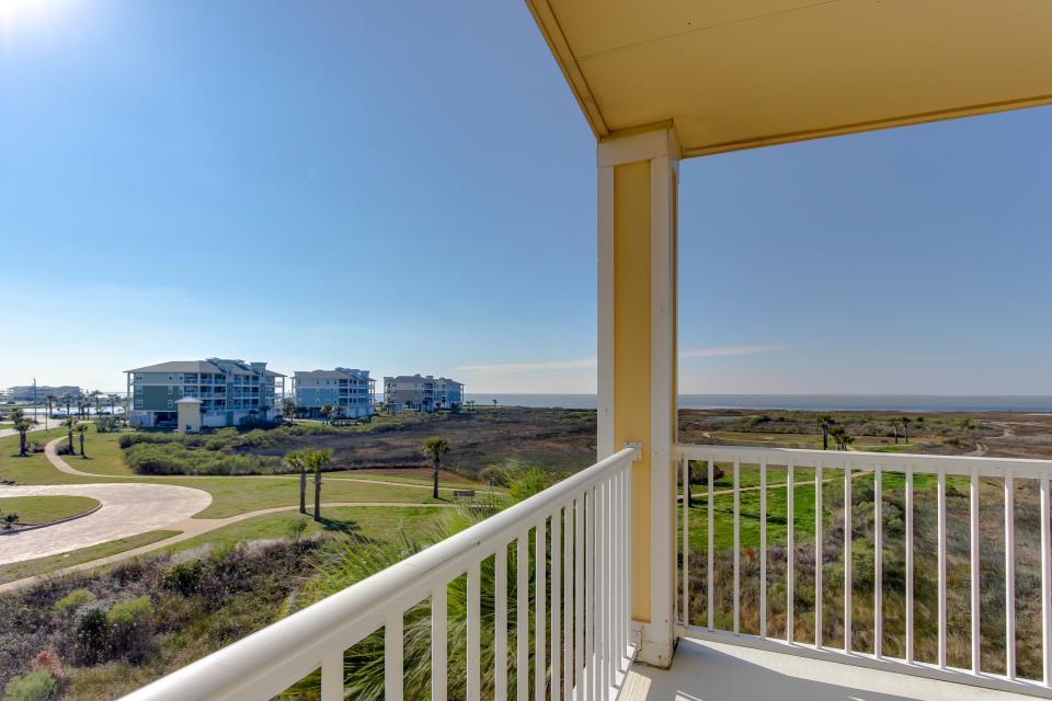 A Puerto Princessa - Galveston Vacation Rental - Photo 32