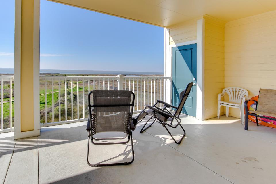 A Puerto Princessa - Galveston Vacation Rental - Photo 34