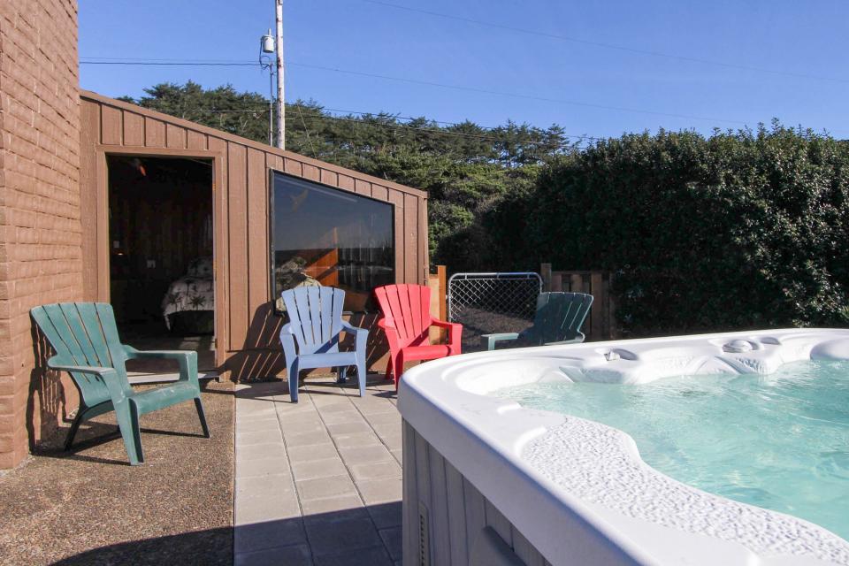 South Beach House - South Beach Vacation Rental - Photo 2