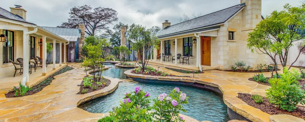 The blacksmith quarters on barons creek,