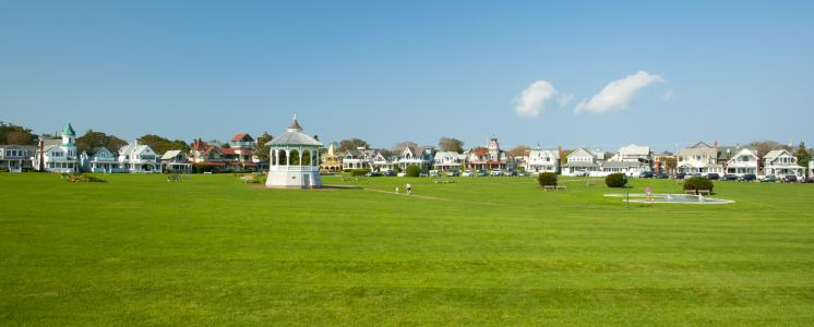 Oak bluffs, MA