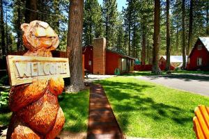 Spruce Grove Cabins